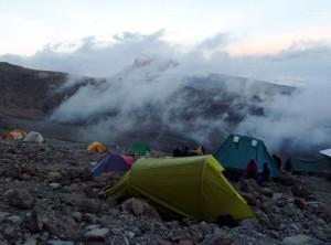 バラフキャンプ